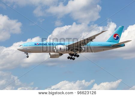 Korean Air Cargo Boeing 777F
