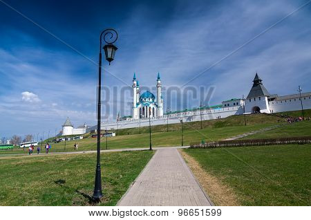 Kul Sharif Mosque And The Transfiguration Tower In Kazan Kremlin