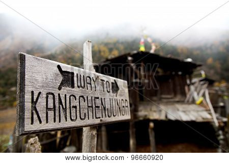 Way To Kangchenjunga