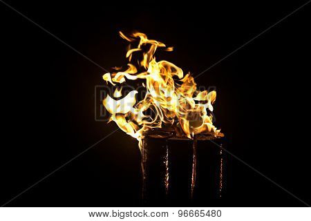 Image of glowing log, fire
