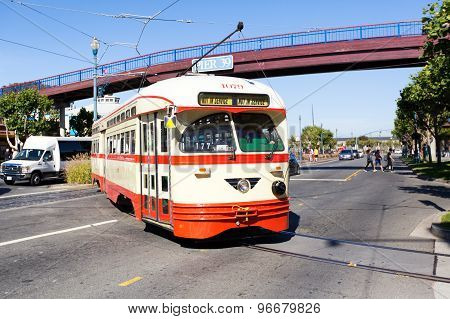 San Francisco, US - June 26, 2014: Streetcar  Traveling On The Embarcadero Down Town On A Sunny Day