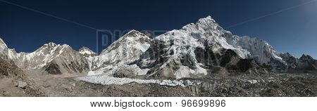 Mount Everest (8,848 m) and the Khumbu Glacier from the Everest Base Camp (5,364 m) in Khumbu region, Himalayas, Nepal.