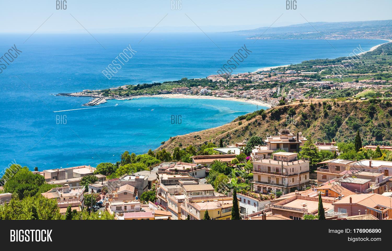 Panorama taormina giardini naxos image photo bigstock for Giardini naxos sicilia