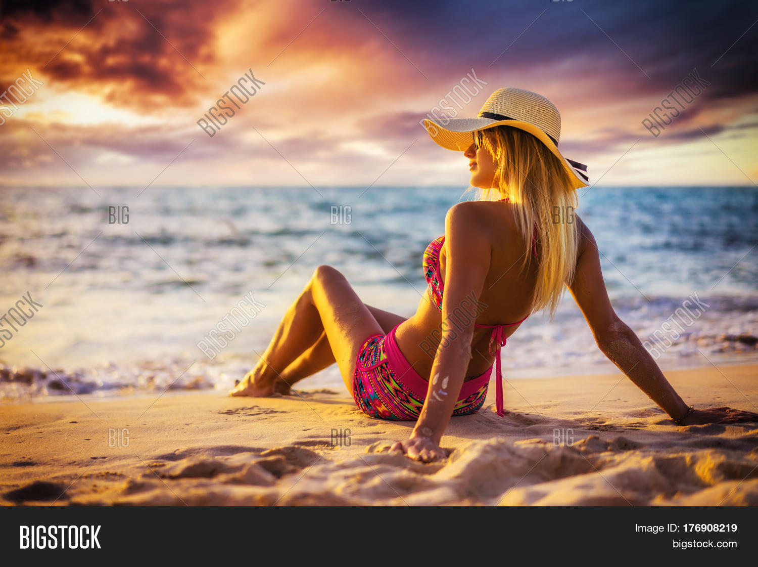 sunset beach hindu single women Free sunset beach personals dating site for people living in sunset beach, north carolina.