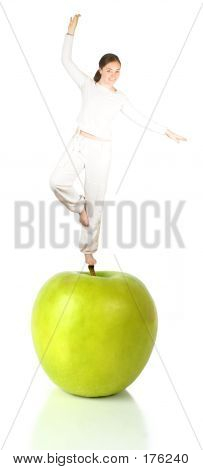Balanced Diet - Green Apple