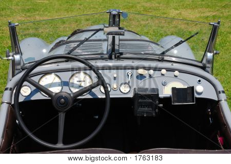 Dashboard Historic Car