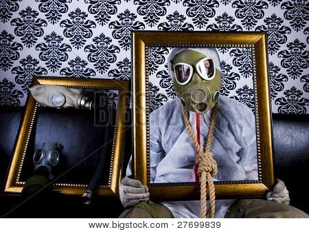 Loco & máscara de Gas