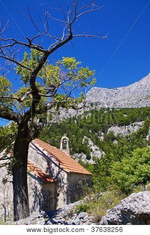 Old Christian Chapel