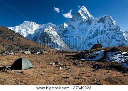 Camping unter Ama dablam