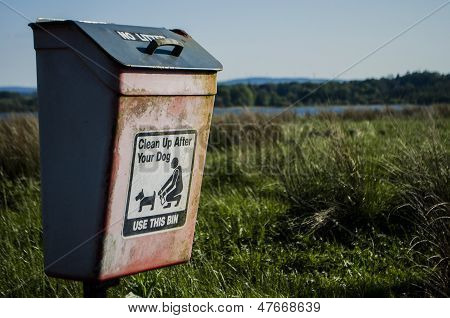 clean up after your dog bin