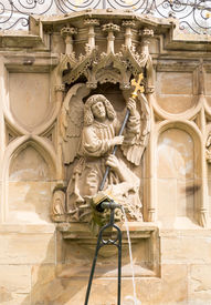 image of samson  - Statue from fountain at Schwabisch Hall Germany - JPG