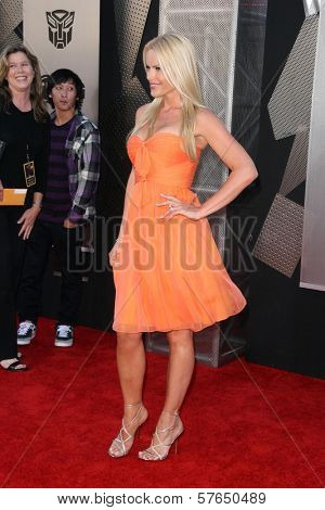 Gena Lee Nolin at the Los Angeles Premiere of 'Transformers Revenge of the Fallen'. Mann Village Theatre, Westwood, CA. 06-22-09