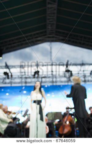 classical music concert, lens blur