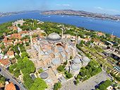 image of paysage  - Hagia Sophia is the famous historical building of the Istanbul - JPG