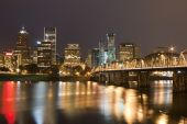 pic of portland oregon  - View of Portland Oregon overlooking the willamette river - JPG
