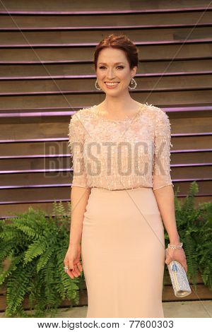 LOS ANGELES - MAR 2:  Ellie Kemper at the 2014 Vanity Fair Oscar Party at the Sunset Boulevard on March 2, 2014 in West Hollywood, CA