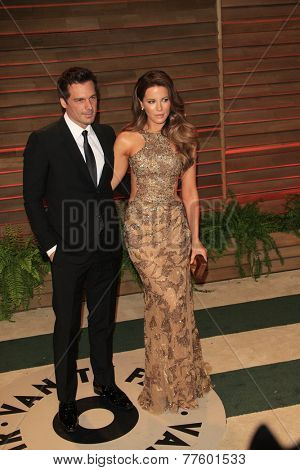 LOS ANGELES - MAR 2:  Len Wiseman, Kate Beckinsale at the 2014 Vanity Fair Oscar Party at the Sunset Boulevard on March 2, 2014 in West Hollywood, CA