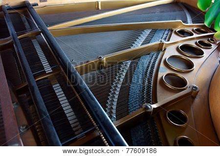 Inside An Old Piano