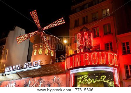 Moulin Rouge by nigh