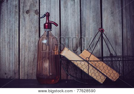 Siphon And Vintage Books