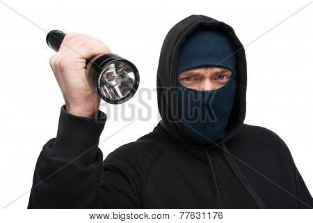 Theft with flashlight