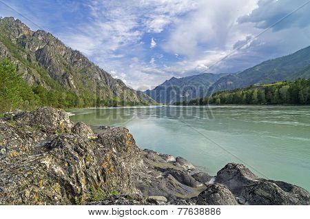 Katun River, Altai, Russia.