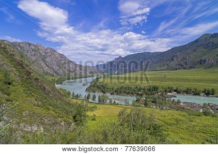 Katun River Valley, Altai, Russia.