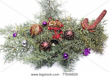 A corner border of noble fir boughs with ball