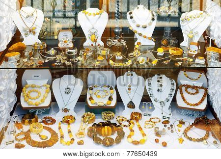 Amber jewelry and souvenirs