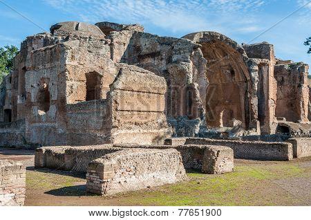 Adriano Ruins