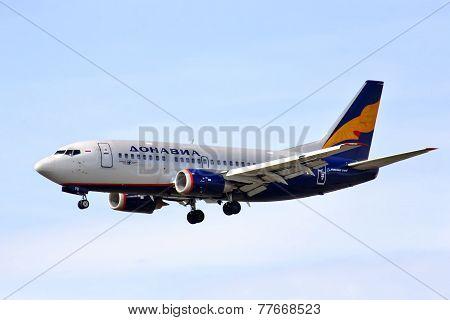 Donavia Boeing 737