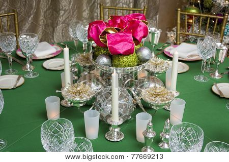 Festive Holiday Table Centerpiece