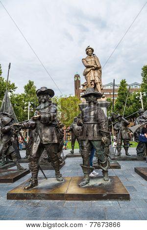 Rembrandt Statue On Rembrandtplein In Amsterdam