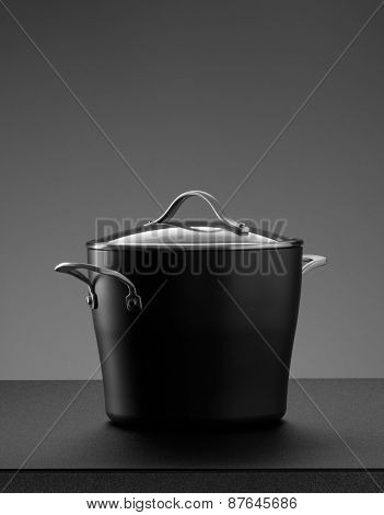 the pot on grey