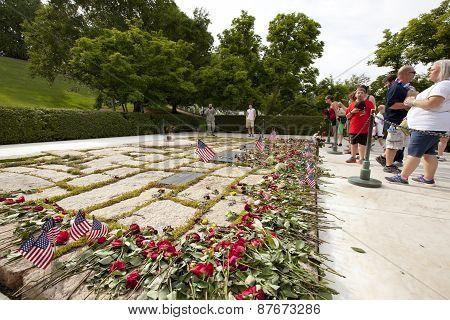 Kennedy family gravesite memorial