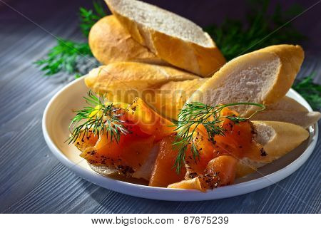 Smoked Salmon With Bread