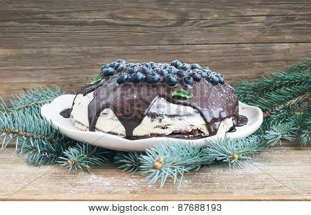 Christmas Chocolate Cake With Chocolate Ganache, Cream-cheese Filling, Fresh Blueberries And Fur-tre