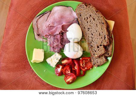 Breakfast for men
