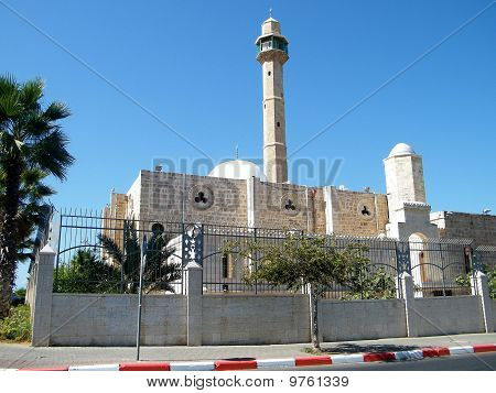 Tel Aviv Hasan-bey Mosque October 2010