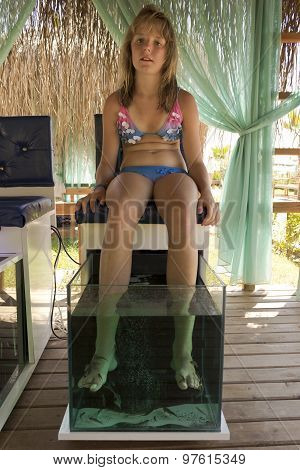 Doctor fish pedicure