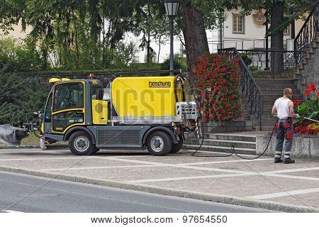 Liechtenstein - Vaduz - municipal service