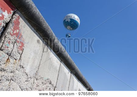 berlin wall, germany , blue sky, hot air balloon