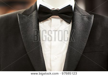 Black Tuxedo And Tie On Mannequin