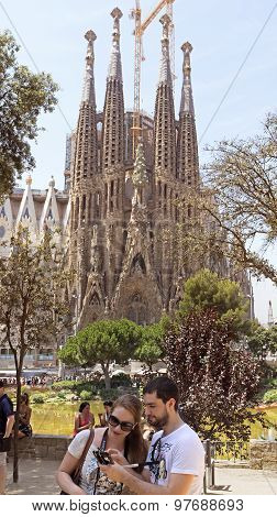 People And Sagrada Familia