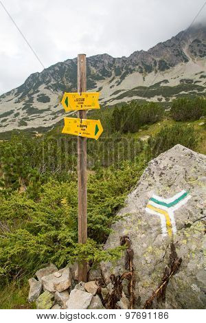 Signpost To Different Touristic Routes Near Bansko, Bulgaria  In Summer Time