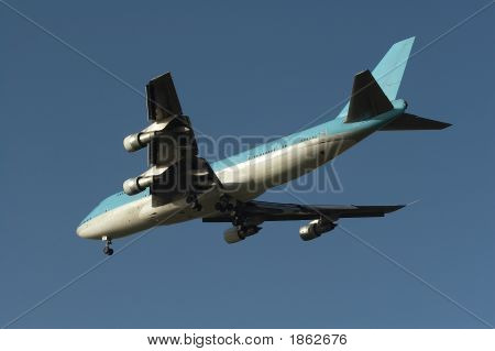 Boeing 747 On Approach