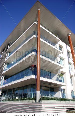 Corner Apartments In Auckland
