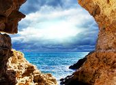 picture of grotto  - Storm on the sea - JPG
