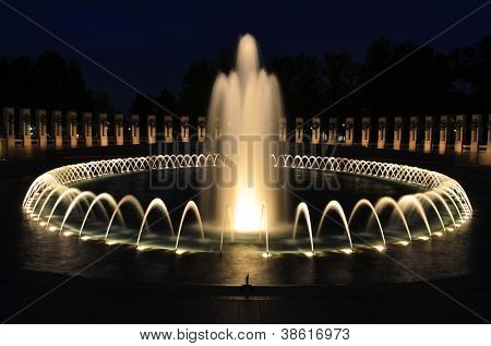 Washington DC - World War II Memorial at night