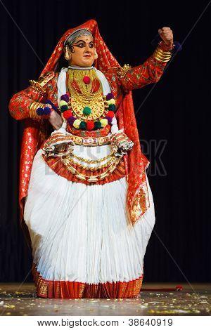 CHENNAI, INDIA - SEPTEMBER 8: Indian traditional dance drama Kathakali preformance on September 8, 2009 in Chennai, India. Performer plays Subhadra (minukku) character of Ramayana